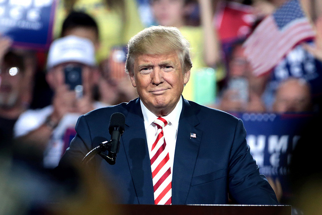 Trump at Prescott rally 3